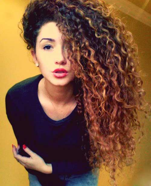 20.Long-Natural-Curly-Hairstyle