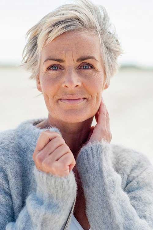 25 Cabelo Curto Moderna para Mulheres Mais Velhas