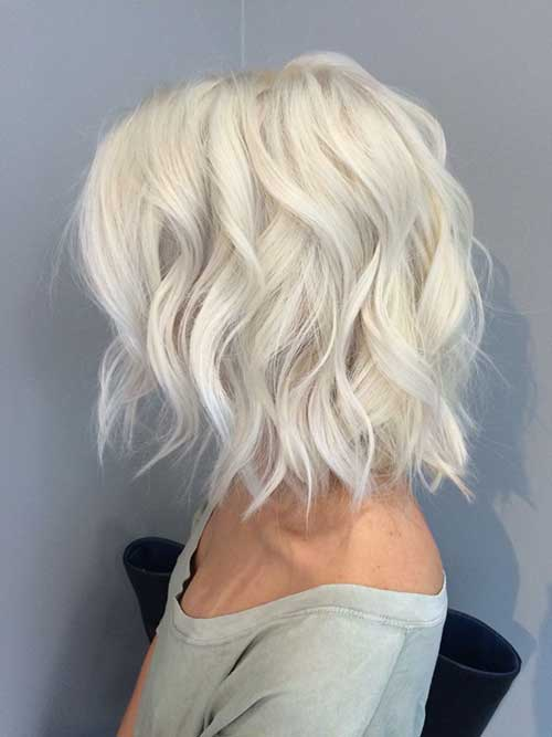 7.Wavy-Bob-Hairstyle
