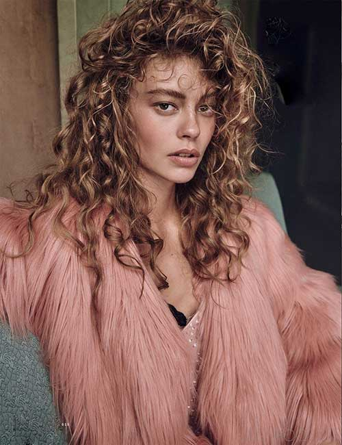 Hairstyle-for-Long-Curly-Hair-2016