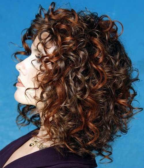 Penteados para cabelo curto encaracolado