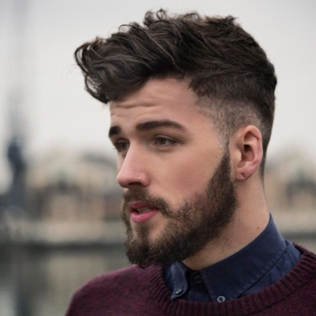 haircut rebaixo desarrumado com bigode para 2016