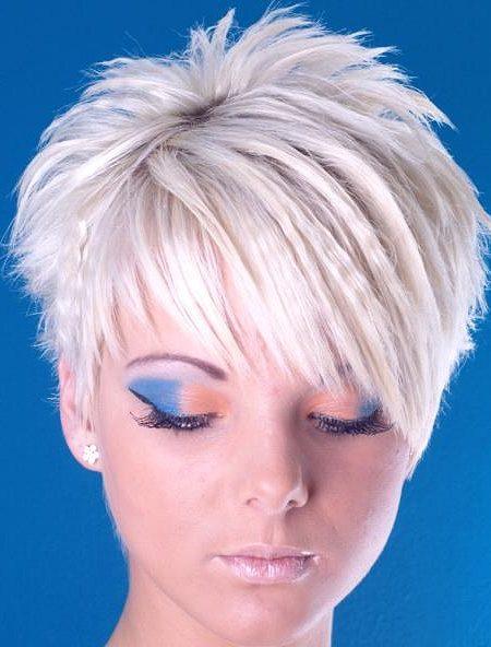 penteado espetado para fêmeas 2016