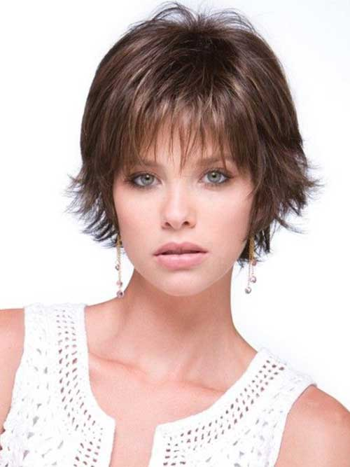 Curtas Cortes de cabelo para a Rodada Faces-14