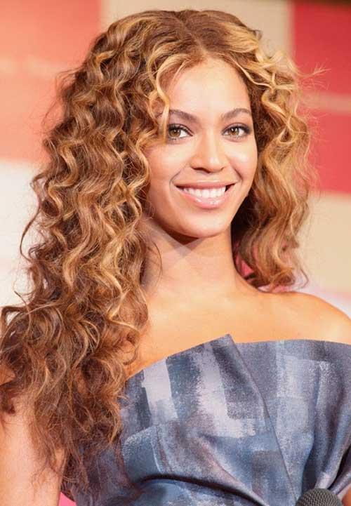 14.Long-Layered-Curly-Haircut