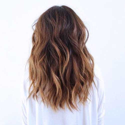 24.Medium-Long-Hair-Style