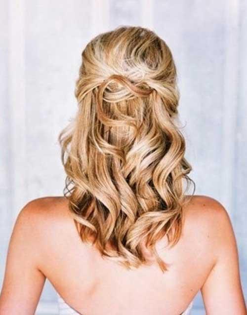 32.Medium-Long-Hair-Style