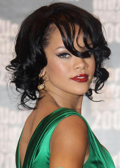 Rihanna Bob cortes de cabelo-14