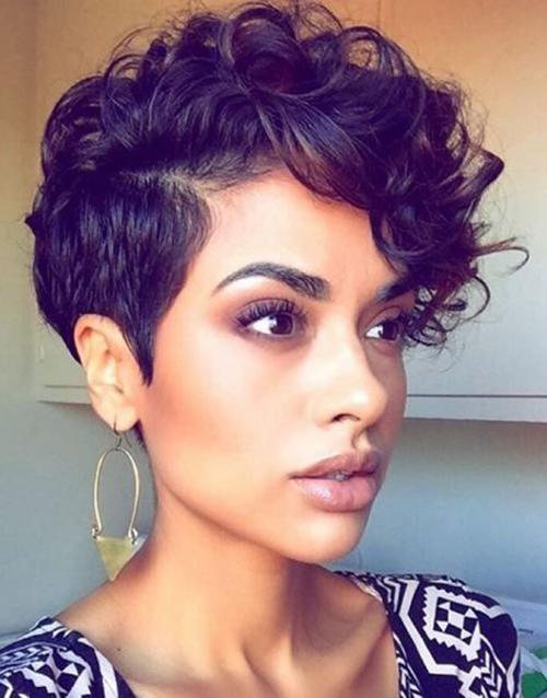 20 Pixie cortes de cabelo para mulheres à moda