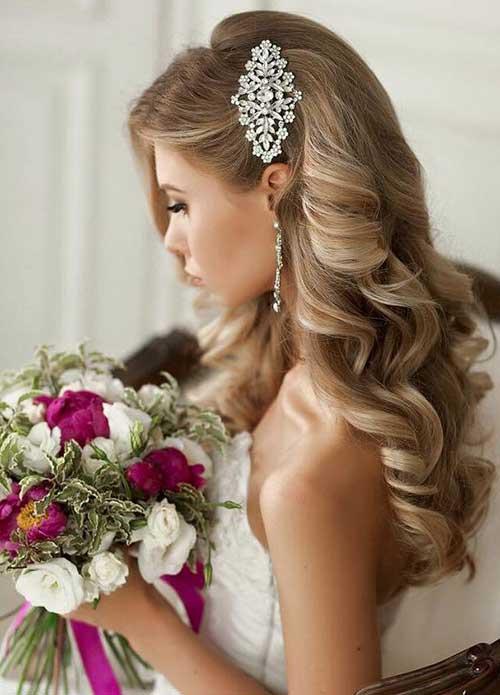 Estilos de cabelo de casamento para Long Hair-21