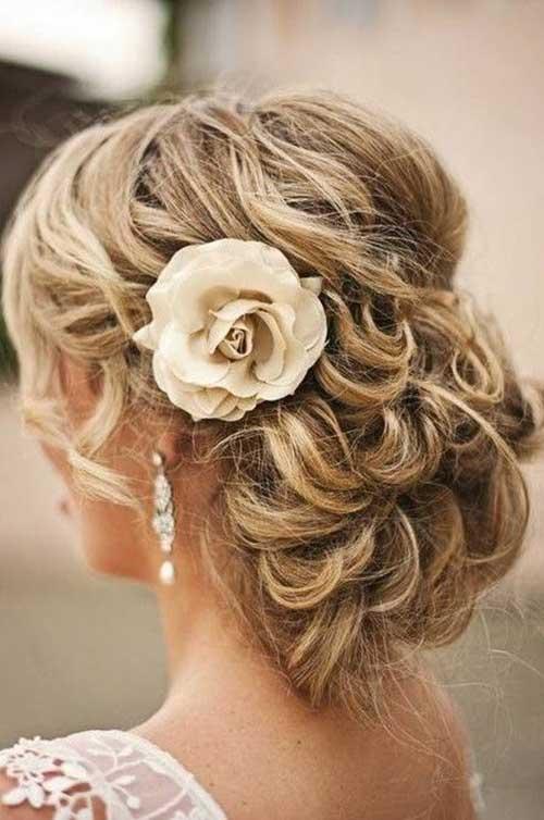 Estilos de cabelo de casamento para Long Hair-24