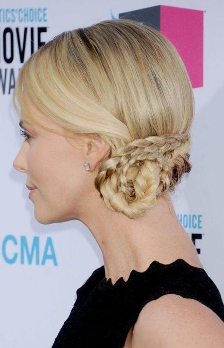 Charlize Theron bobina bun
