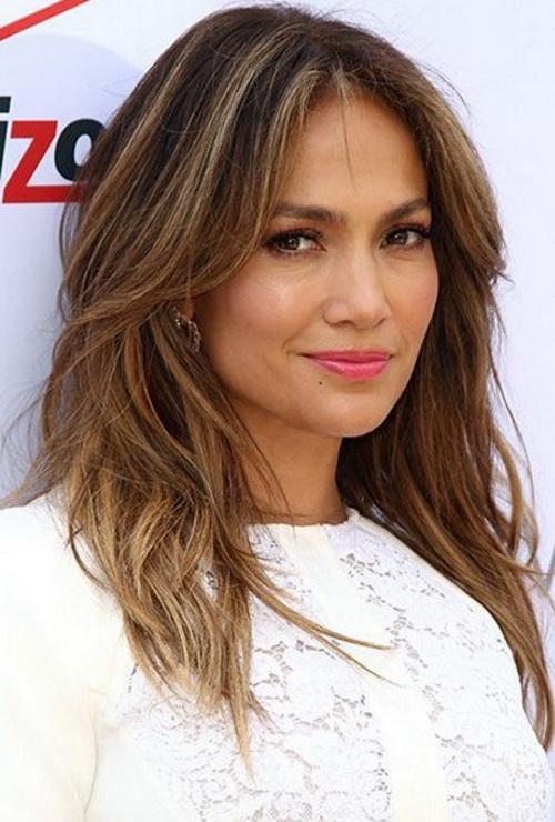 2017 Jennifer Lopez Confuso em Camadas Penteados com Bang