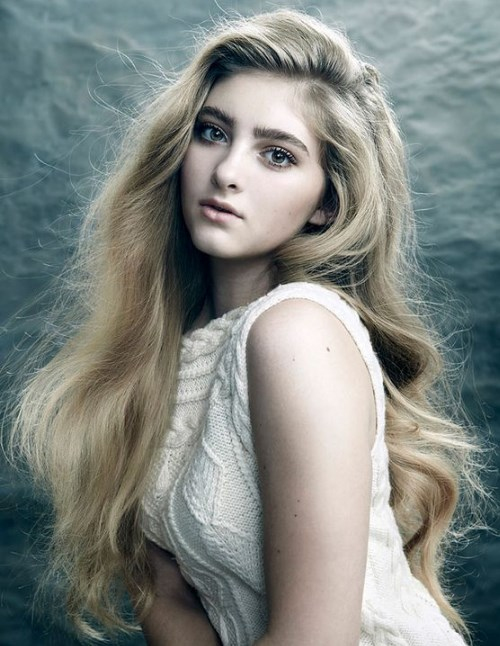 Willow Shields Demo 2017 Look Book