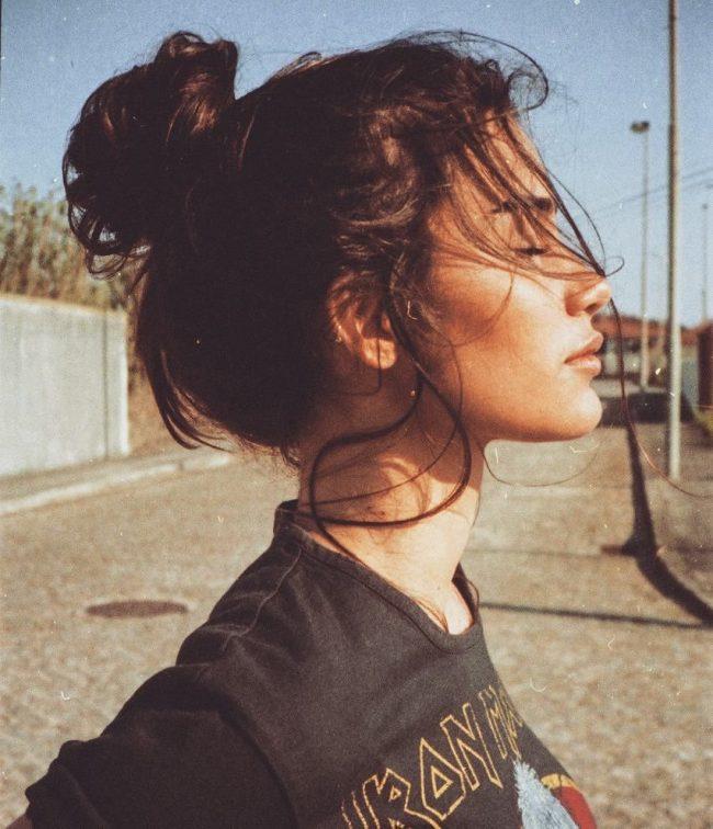 Messy Bun Penteados para Mulheres de 2017