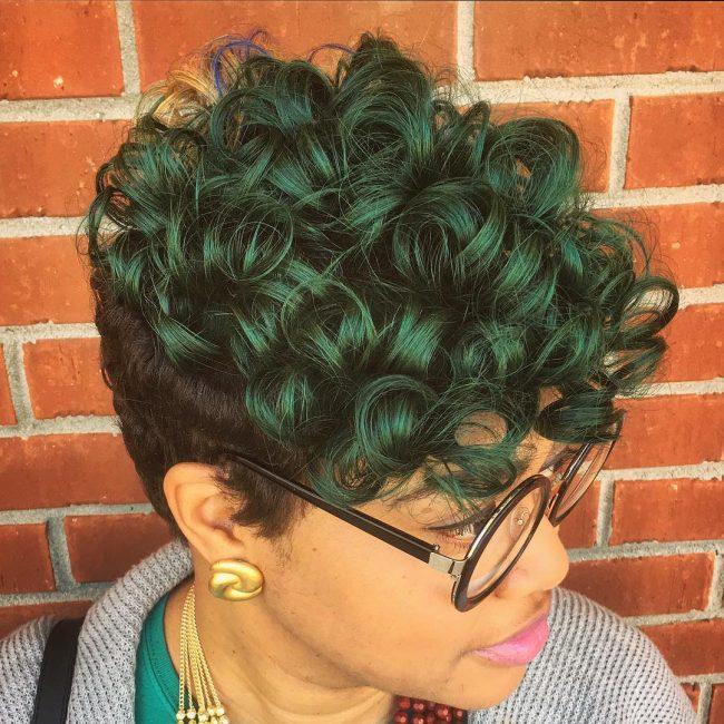 Curly Pixie Penteados para 2017