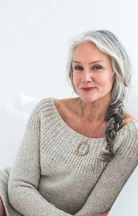 Tempo Penteado Trançado para as Mulheres mais Velhas