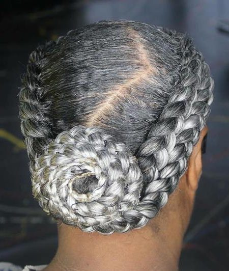 Natural Trançada de Penteado para as Mulheres mais Velhas