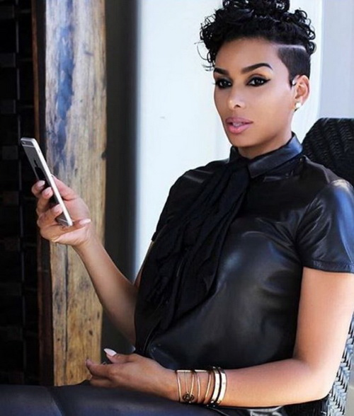 2017 Curto Encaracolado Inferiores para as Mulheres negras