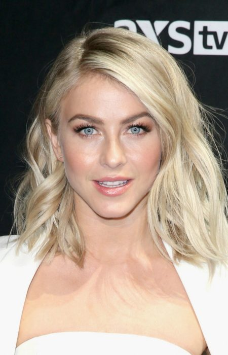 Julianne Hough Platina Lob