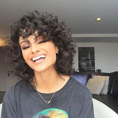 Chique e elegante curly bob cortes de cabelo