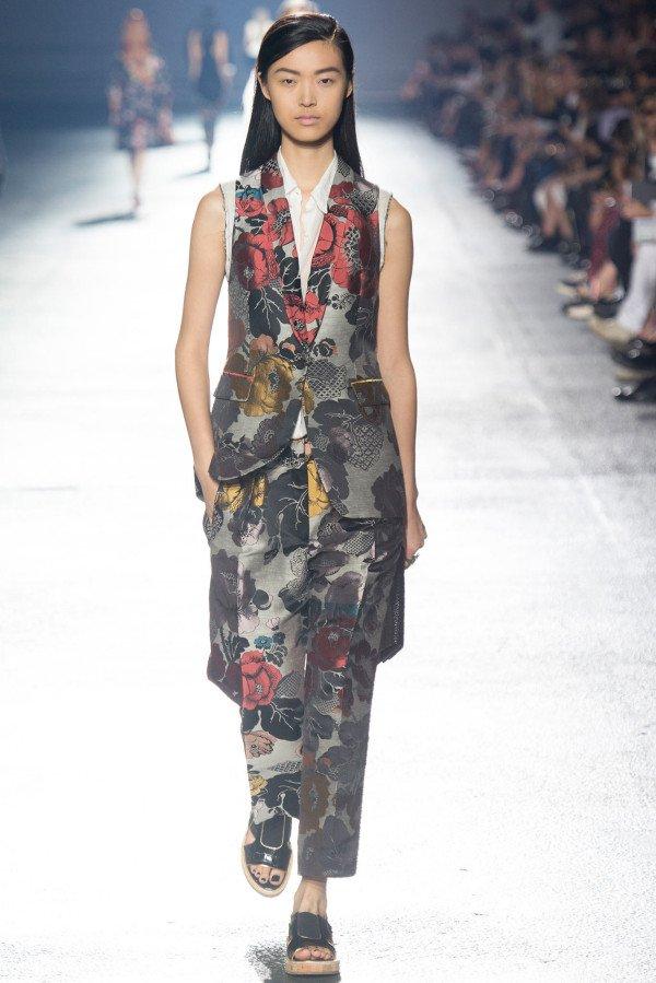 Moda Asiática feminino demo 2018