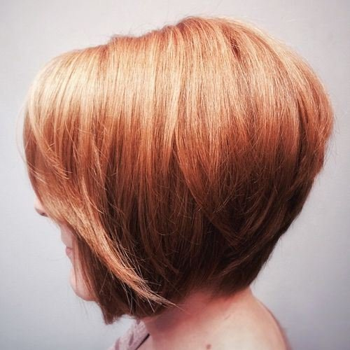 Novo bob curto penteados com destaques