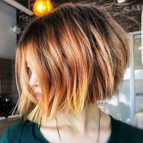 Formou-se e inclinado penteados bob 2018