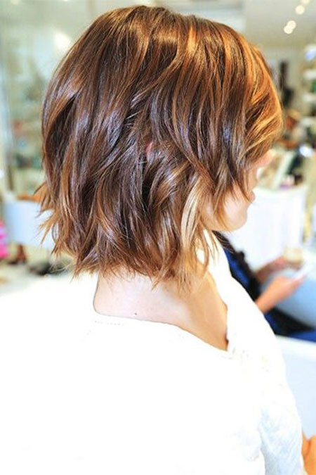 o mais recente wavy bob de cabelo para os últimos anos