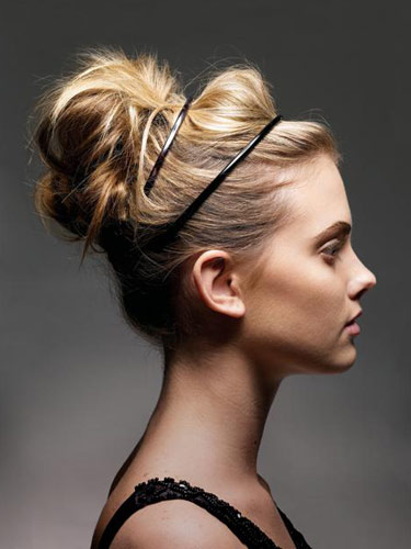 2018 Novas Tendências de Casual Mod Bun Hairstyles Ideas: