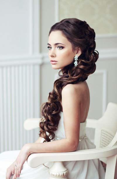 Penteado elegante e chique para meninas em festas