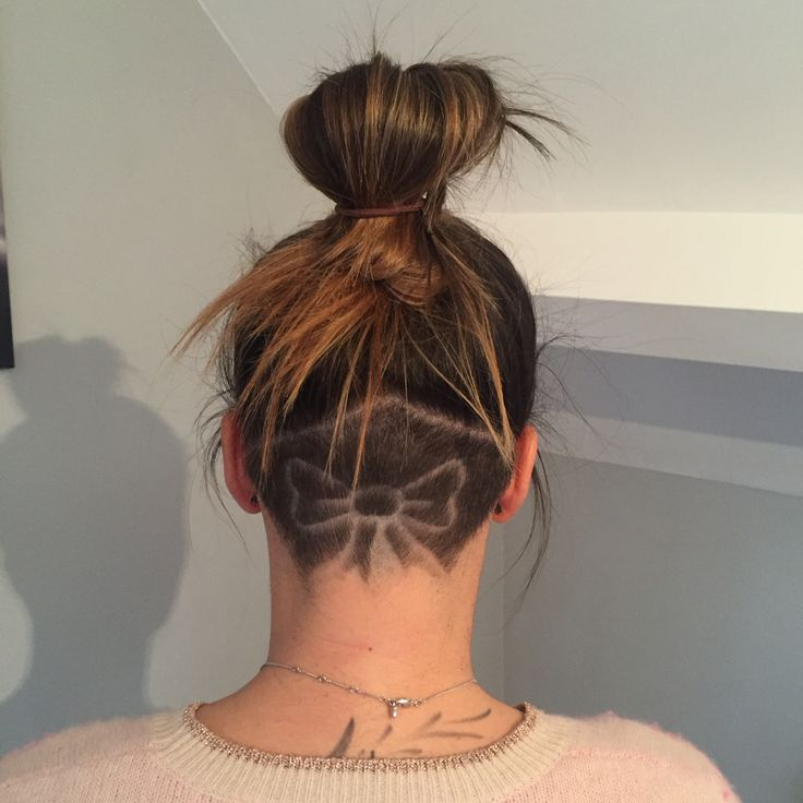 Chic e Cool Undercut Nape Shaved Hairstyles para raparigas