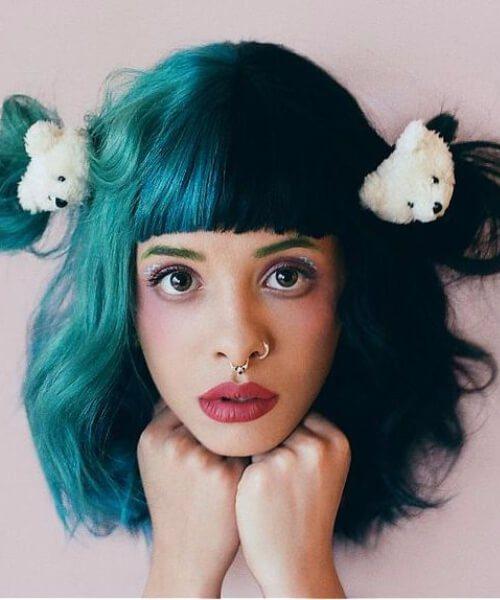 meia e meia cor de cabelo de teal criativo