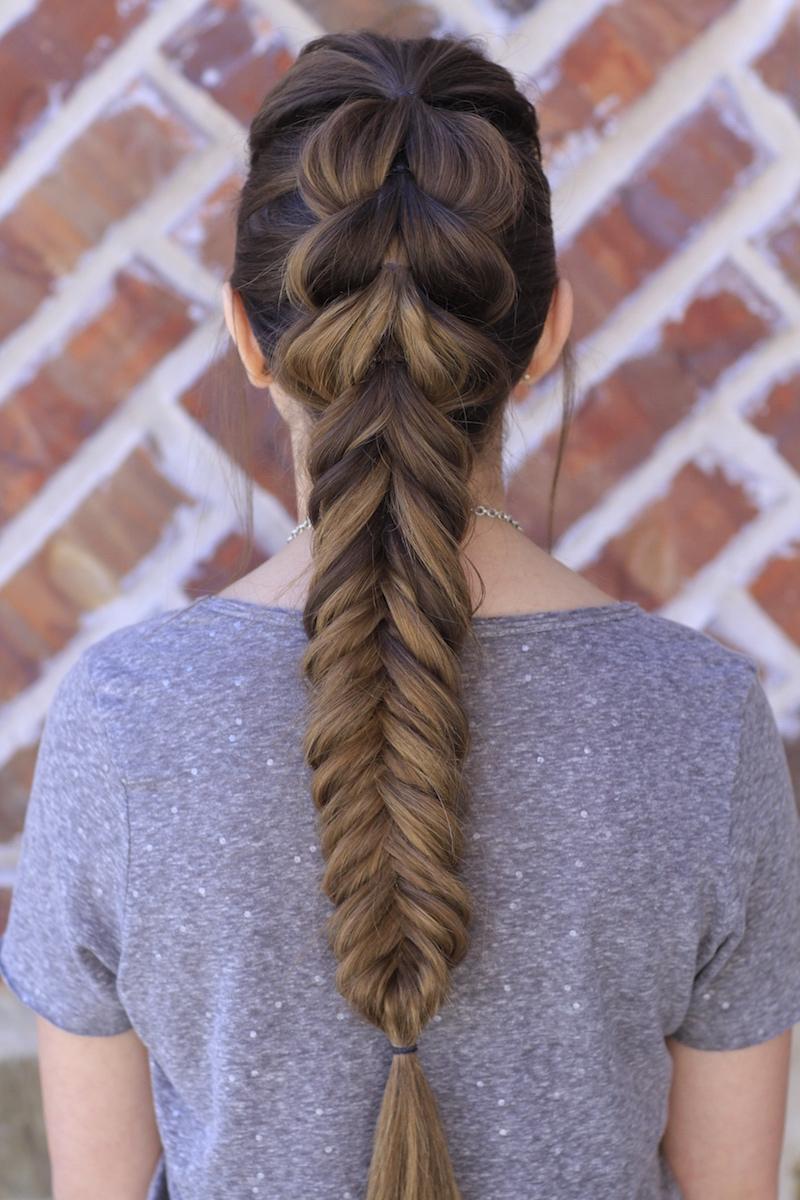 Idéias para tornar fácil puxar através de estilos de cabelo de trança