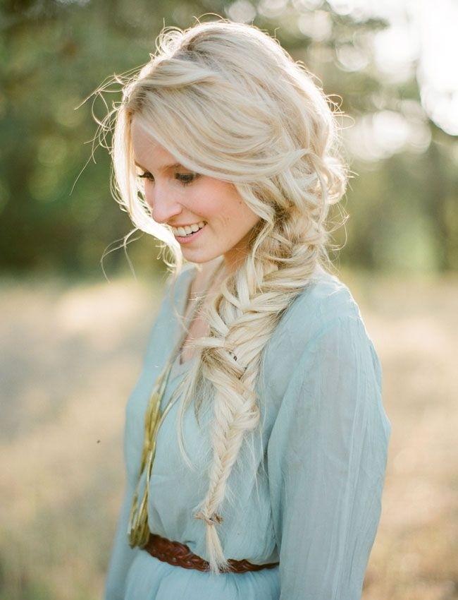 Top 5 estilos de cabelo trançado na moda para inspirar este verão