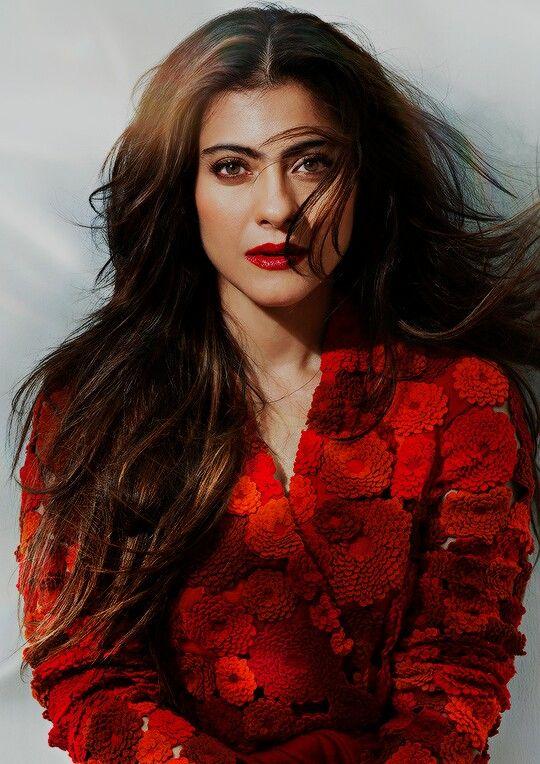 Impressionante fotos de lindas celebridades de Bollywood com cabelo comprido