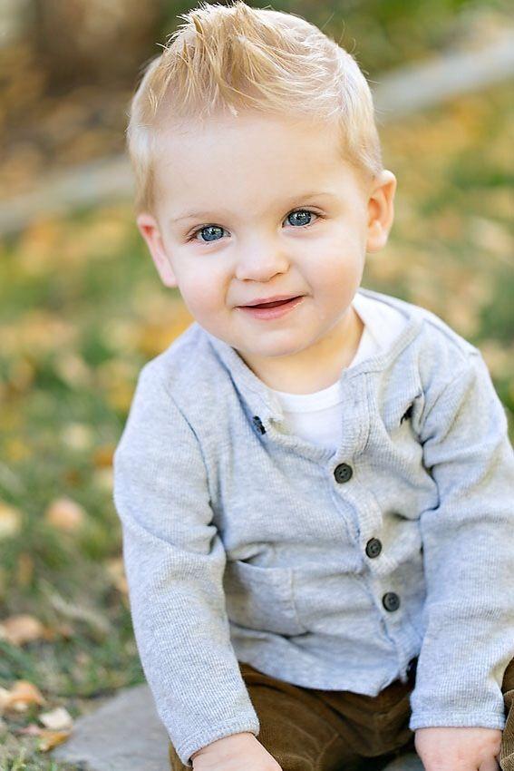 Faça seus bebês mais fofos e adoráveis com esses penteados fofos