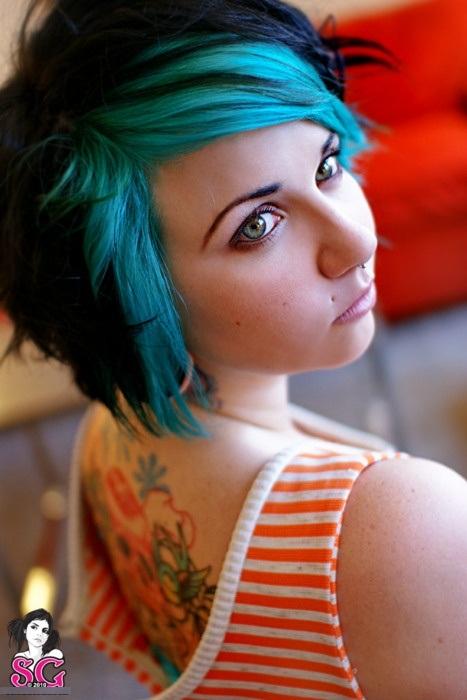 Tipo diferente de cabelo crepitante de idéias para colorir para meninas modernas