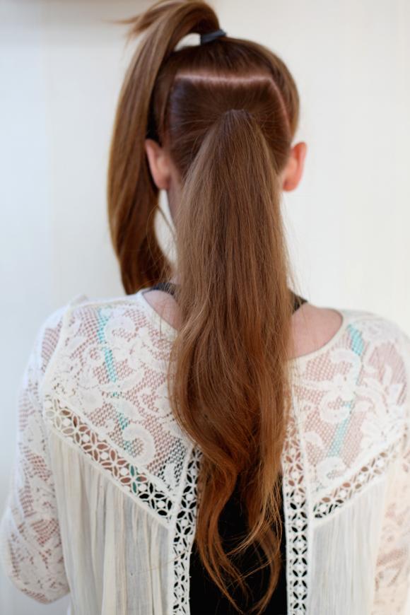 Top 12 ideias de rabo de cavalo mais bonito para meninas conscientes da moda