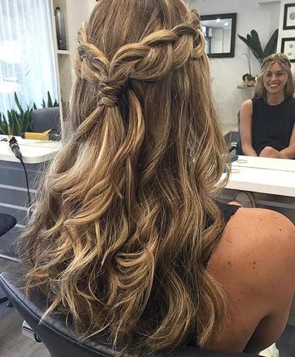 68 elegantes penteados meio a baixo para baixo que você vai amar