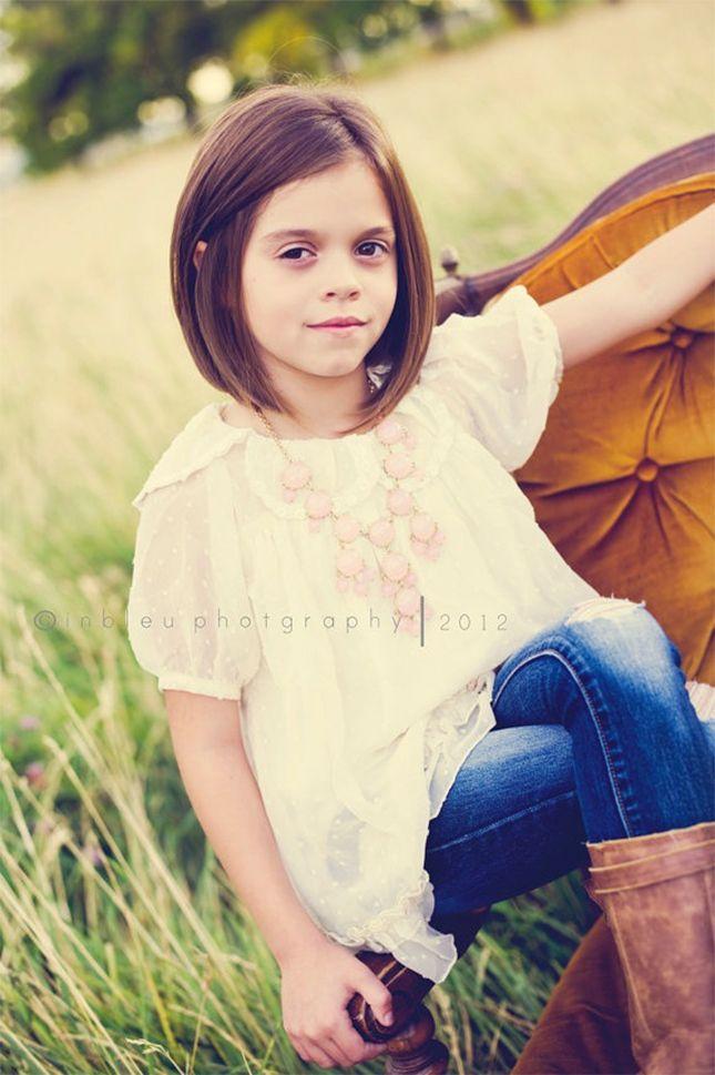 Idéias de penteado curto bonito para crianças