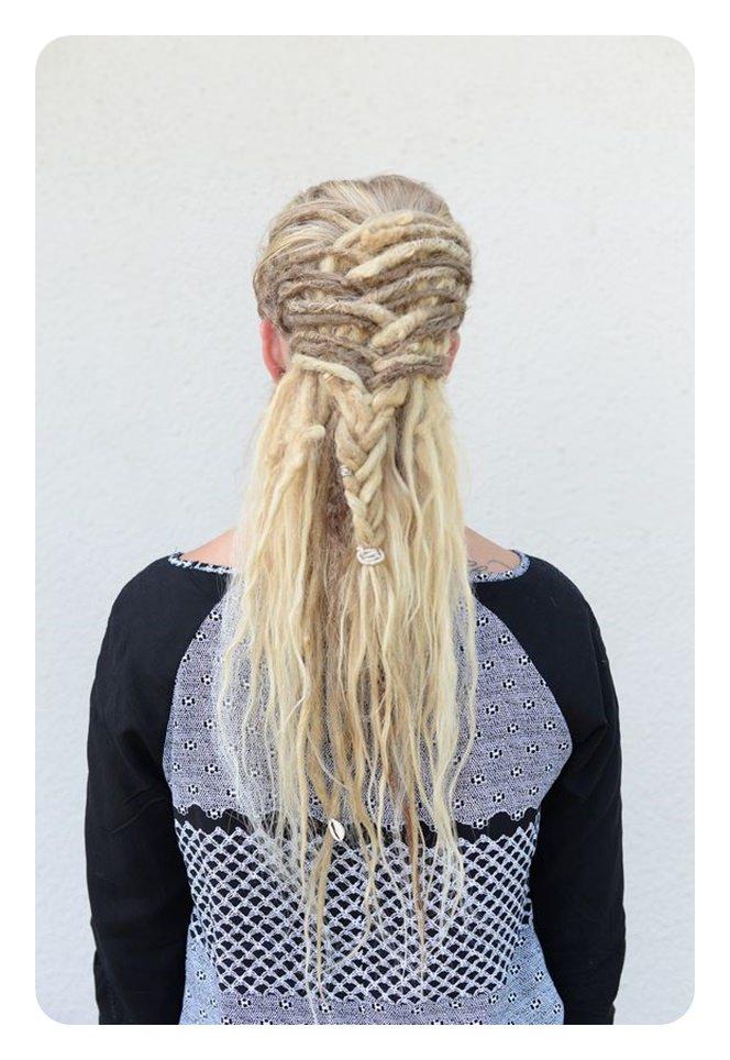 108 surpreendentes estilos de Dreadlock (para mulheres) para se expressar
