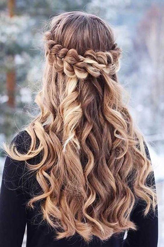 Penteados mais fáceis e elegantes para temporada de férias