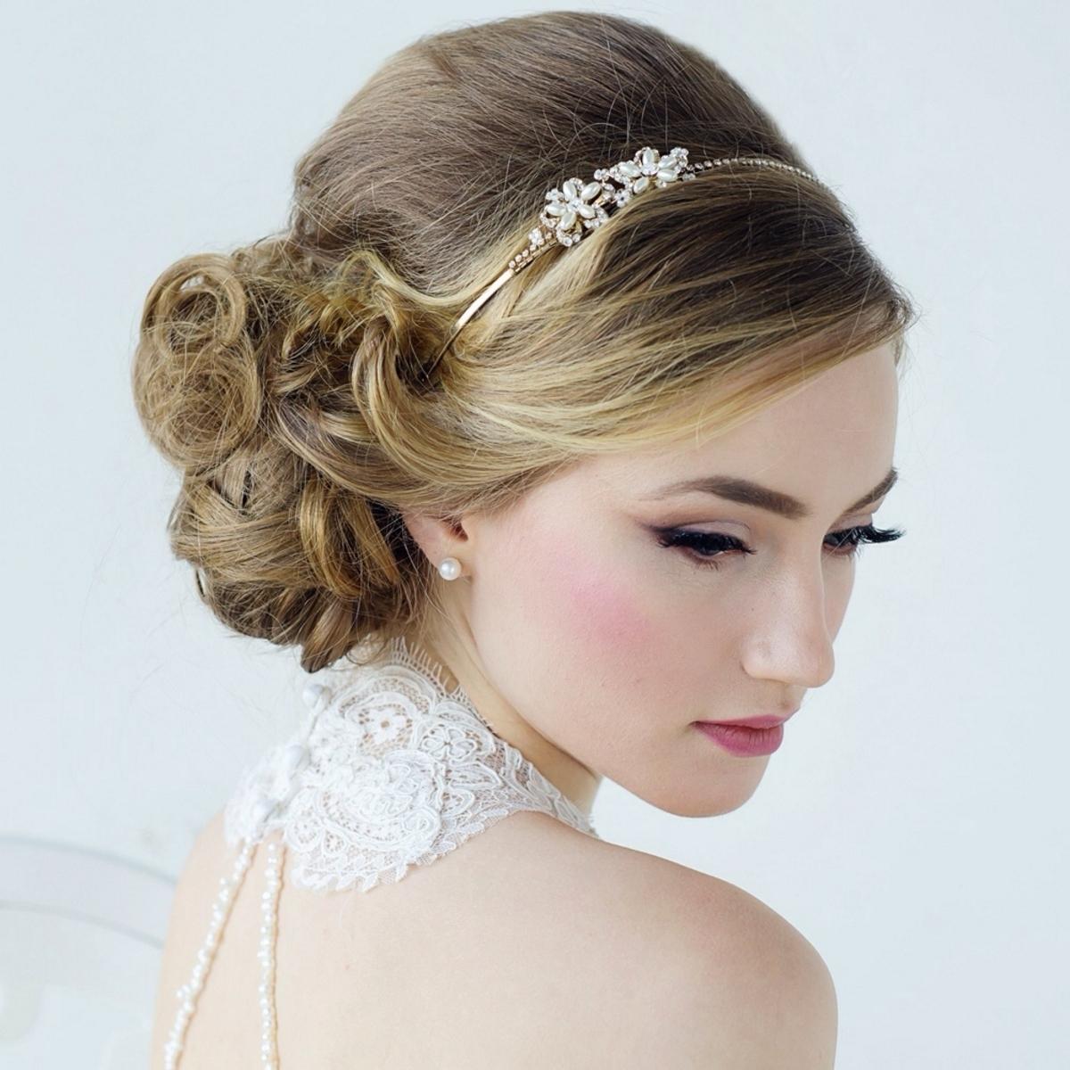 Obter Pure Comfort & Style Em Ocasiões Especiais De Verão Com Penteados