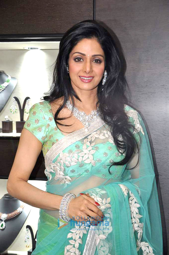 Divas De Bollywood Com Cabelo Naturalmente Longo