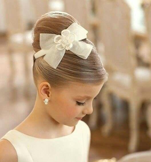 Idéias penteados à moda das meninas para a função do casamento