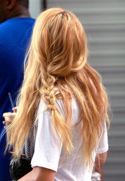 Idéias de cor de cabelo Omber em tons de morango e loira para todas as idades das mulheres