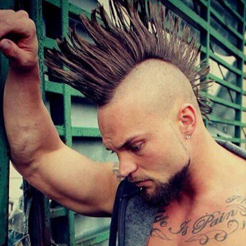 Mohawk fanned do punk