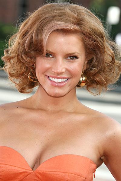 Piores e melhores decisões de tintura de cabelo tomadas por celebridades de Hollywood do sexo feminino