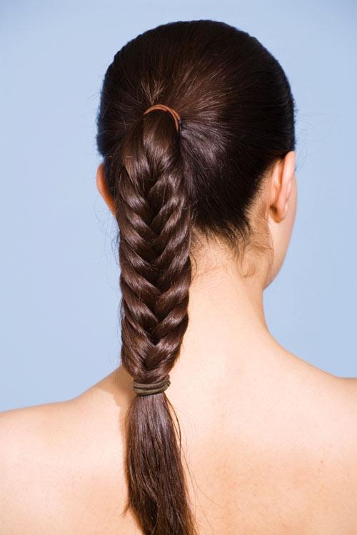 Idéias de penteados para cabelos longos para a escola